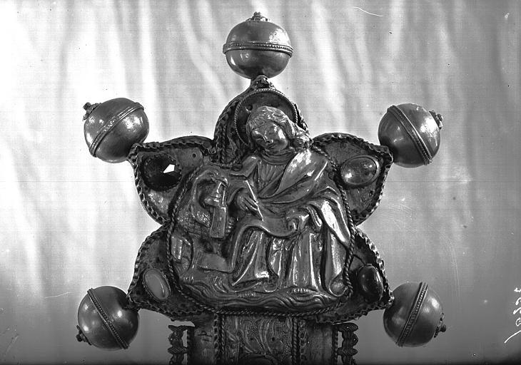 Trésor, grande croix processionnelle, saint Jean