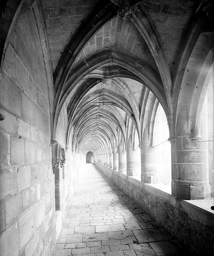 Grand cloître, galerie