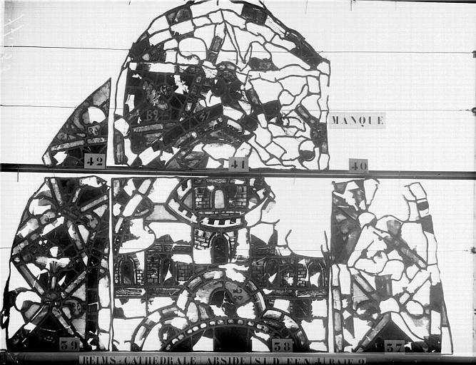 Vitrail, abside côté sud, quatrième fenêtre, baies 1 et 2
