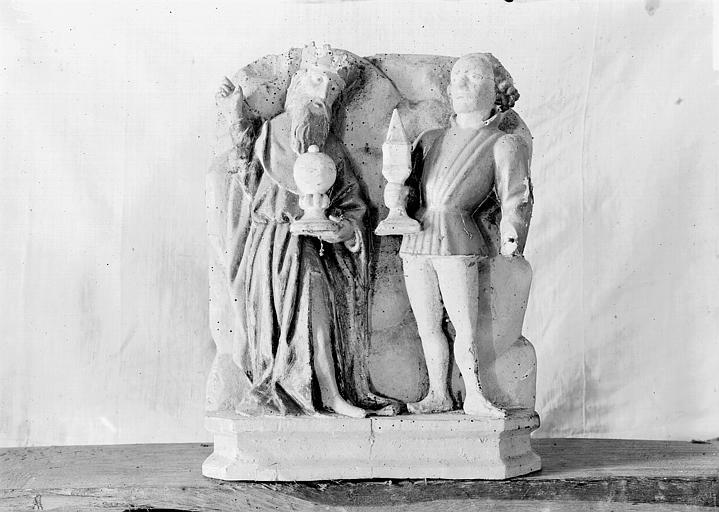 Retable, haut-relief en bois, détail, Deux rois mages