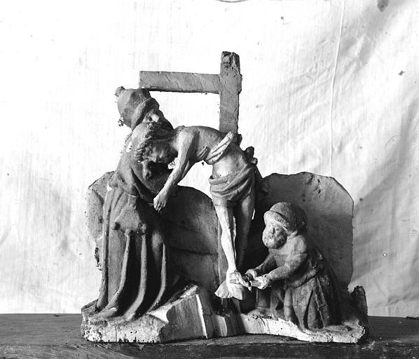 Retable, haut-relief en bois, détail, La déposition de Croix