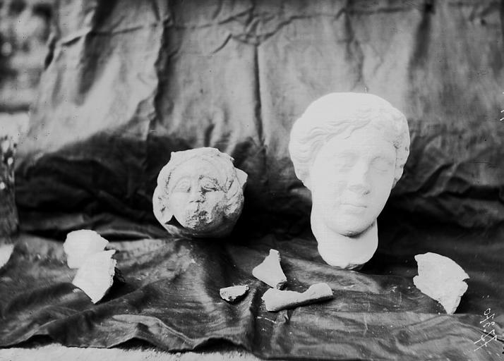 Fouilles, objets découverts