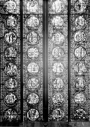 Vitrail, nef, vue du sud, quatrième fenêtre, partie basse