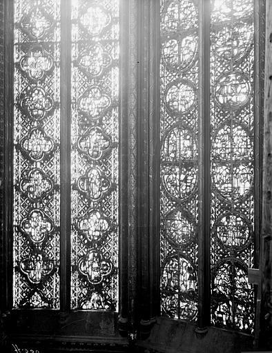 Vitrail, côté sud, deuxième fenêtre, partie basse