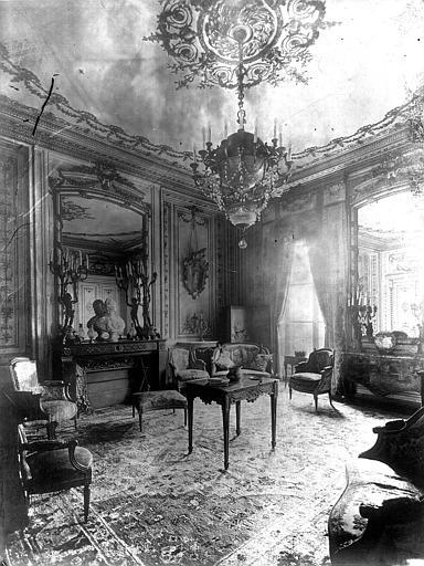Premier salon