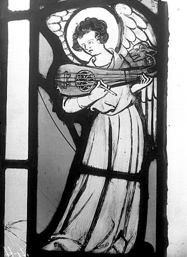 Vitrail, chapelle du chevet, fenêtre nord-est