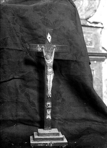 Crucifix en ivoire