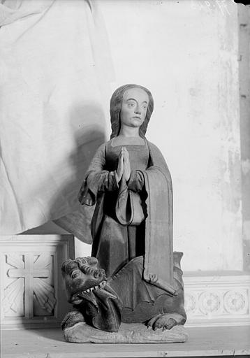 Statue de sainte Marguerite
