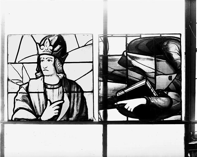 Deuxième galerie, portail sud, lancette d'Osée, tête et torse
