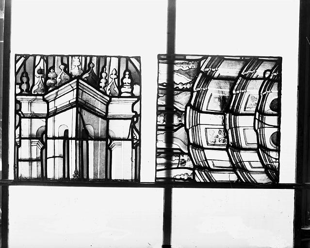Deuxième galerie, portail sud, détail des dais et des socles