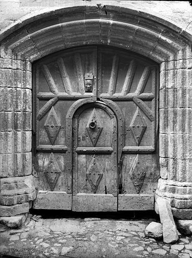 Porte à vantaux