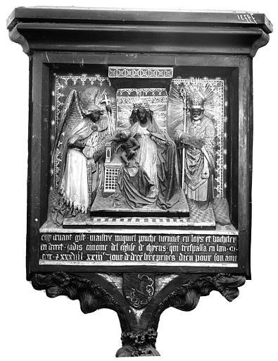 Monument de Michel Ponche. Monument funéraire de Michel Ponche : Vierge à l'Enfant et le donateur accompagné de saint Michel