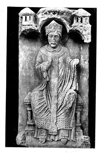 Haut-relief en pierre : Saint Thomas Becket