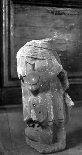 Statuette : priant (donateur ?)