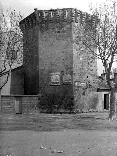Tour de la Roquette