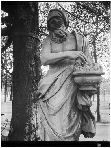 Statue de l'Hiver