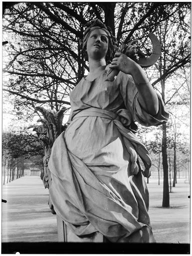 Statue de l'Eté, Cérès