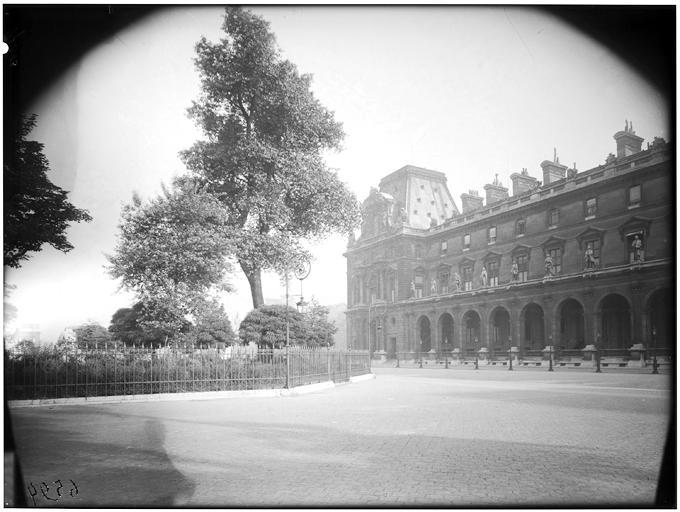 Cour Napoléon, pavillon Turgot Richelieu