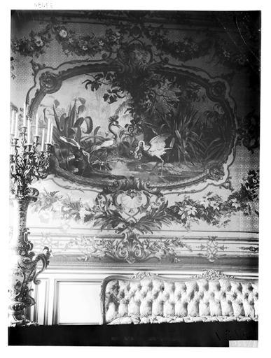 Vue intérieure d'un salon