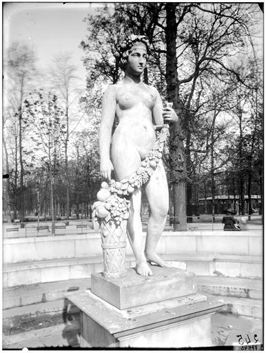 Statue de Pomone