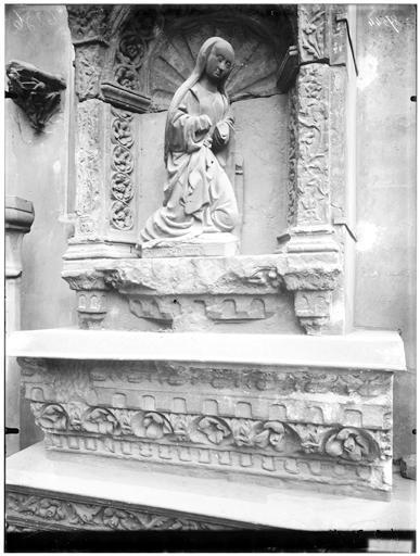 Sculpture, la Vierge