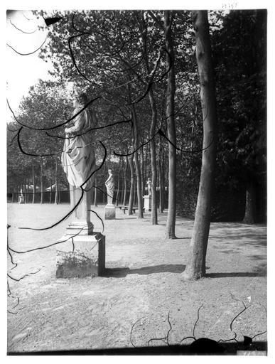 Terme dans le parc