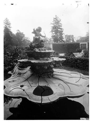 Vue de la fontaine de l'Amour
