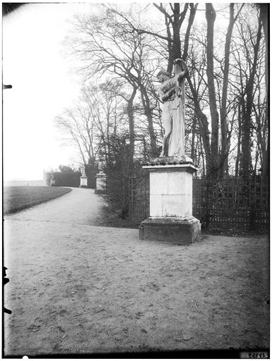 Parterre de Latone : Vénus Callipyge, statue