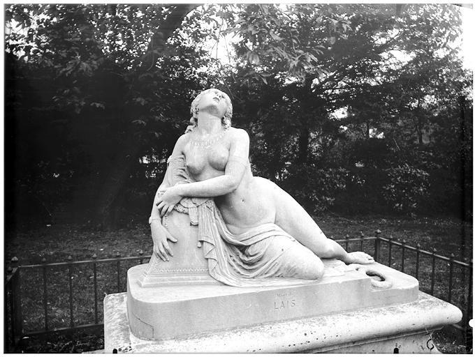 Statue de la mort de Laes