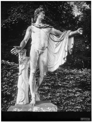 Parterre de Latone : Apollon du Belvédère