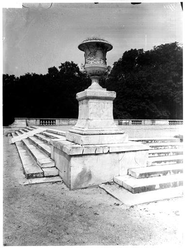 Parterre du Midi : terrasse de l'orangerie