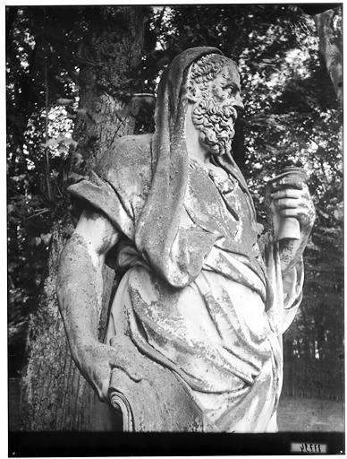 Parterre du Nord, quinconce des philosophes : Isocrate