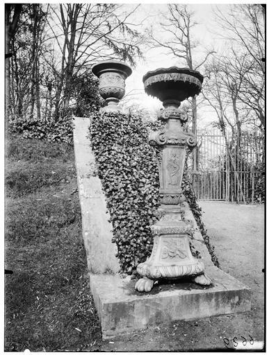 Bosquet des Rocailles : vase