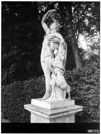 Parterre de Latone : Bacchus, groupe sculpté