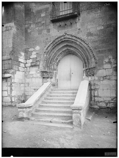 Portail et escalier extérieur