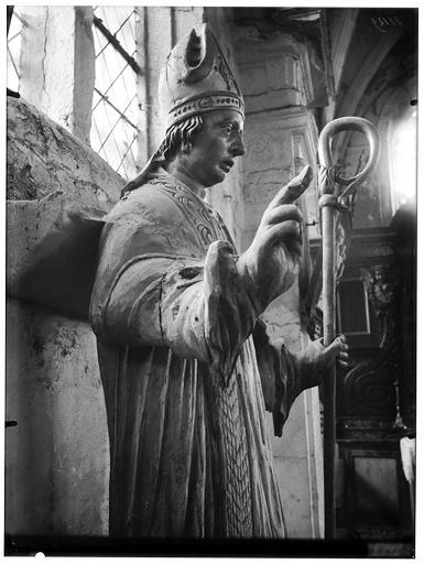 Statue de saint Nicolas