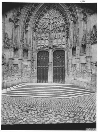 Transept de la façade nord : portail Saint-Paul