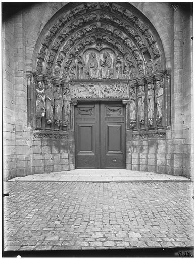 Portail central de la façade ouest, tympan