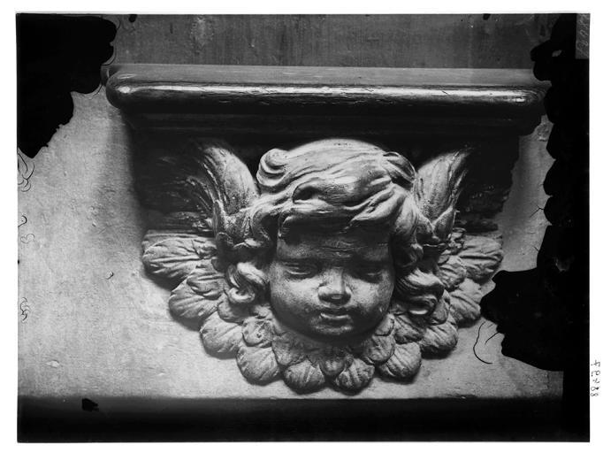 Miséricorde de stalle : tête d'ange