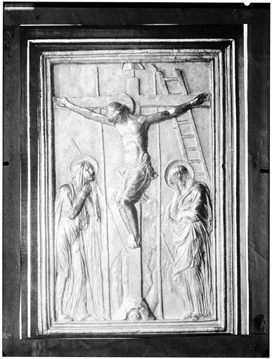 Panneau sculpté : Crucifixion