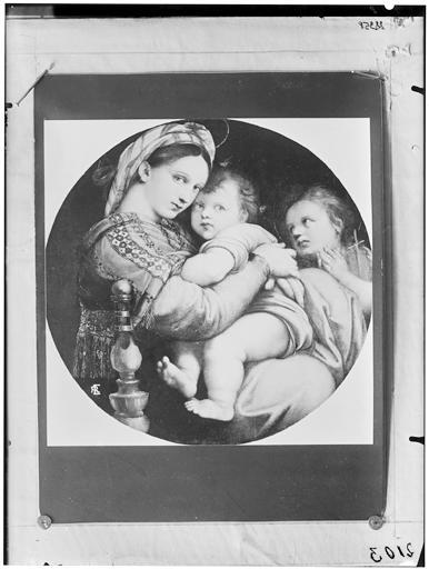 Peinture : La Vierge à la chaise