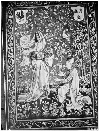 Tapisserie médiévale : dame et galant