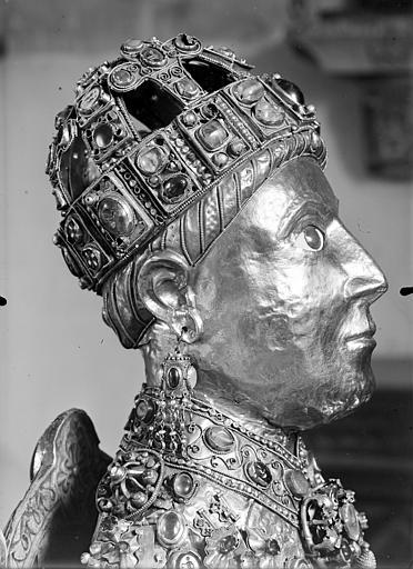 statue : sainte Foy