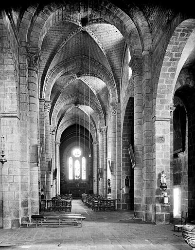 Prieuré, église paroissiale de l'Assomption-de-la-Très-Sainte-Vierge