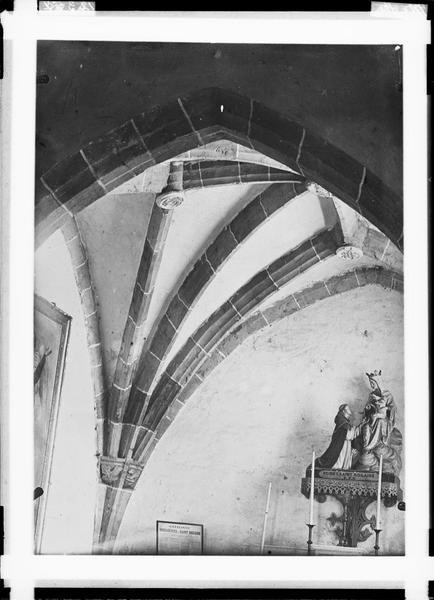Eglise de l'Assomption de la Bienheureuse Vierge Marie de Taron