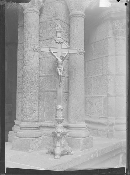Crucifix de la reine Mathilde