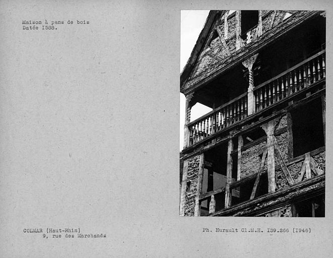 Détail de la façade en pan-de-bois, galerie