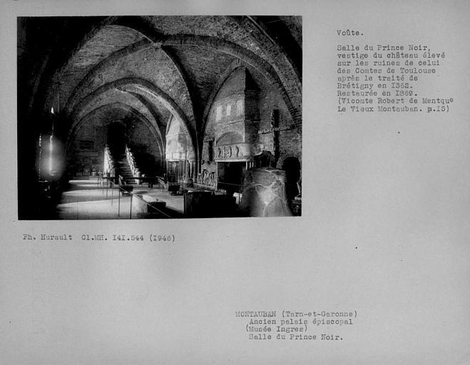 Ancien palais épiscopal, ancien Hôtel de ville, actuellement musée Ingres