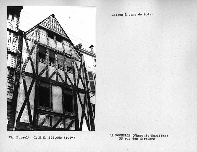 Partie supérieure de la façade en pan-de-bois