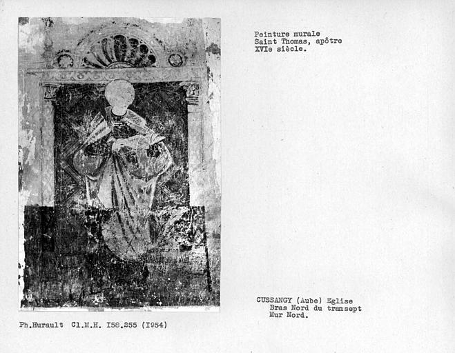 Bras nord du transept, peinture murale du mur nord, à gauche de la fenêtre : saint apôtre